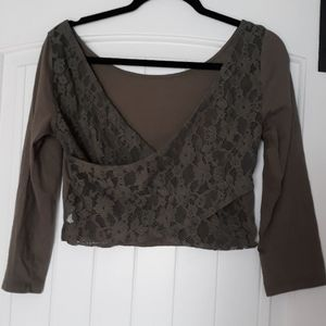 Three quarter sleeve crop top lace back